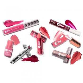Shaded lip glosses