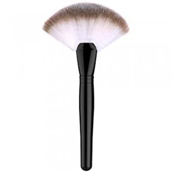Medium Fan Brush (for finishing powder)