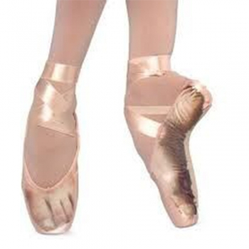 Ballets pointe shoes