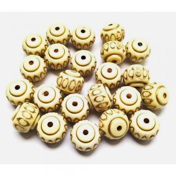 Acrylic fancy beads