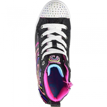 Kids play Flip Kicks sneakers