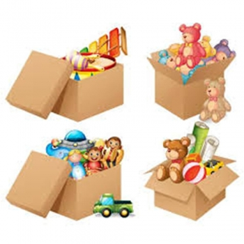 Kids play Boxes