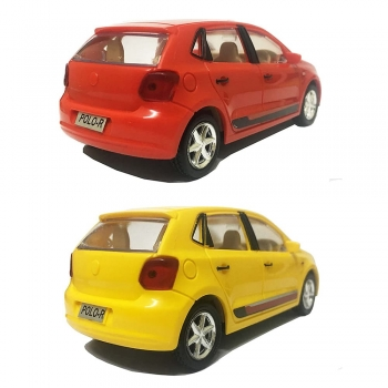 Water polo yellow and red cars